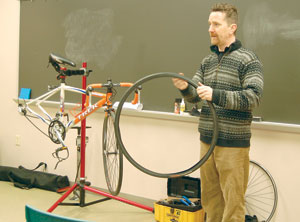 "Dan Eversman presents tips on ""How to Fix Your Bicycle."" (Photo by Caroline B. Mooney)"