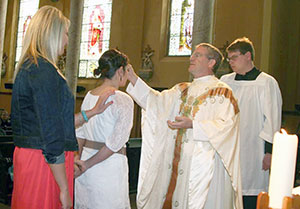 Father William Stang, CPPS, at a Mass.